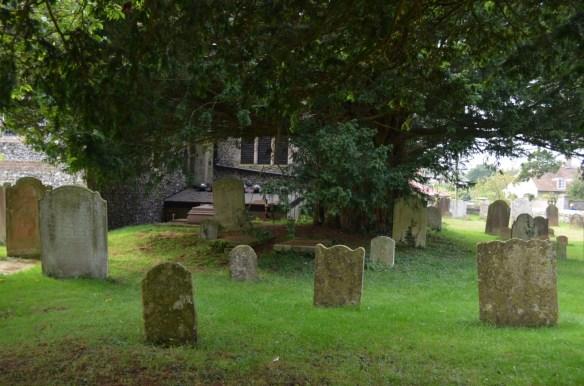 st nicholas ringwould churchyard8