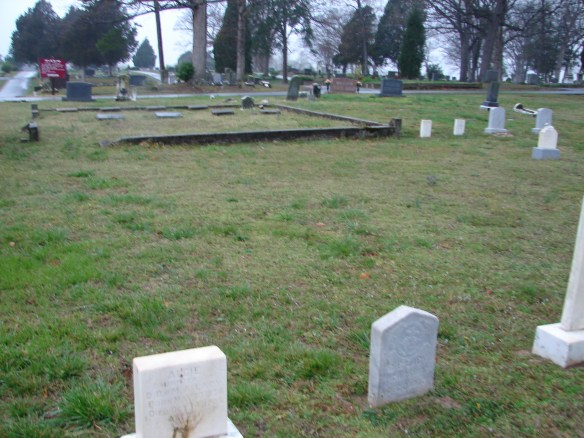 Estes Oak Ridge unmarked graves