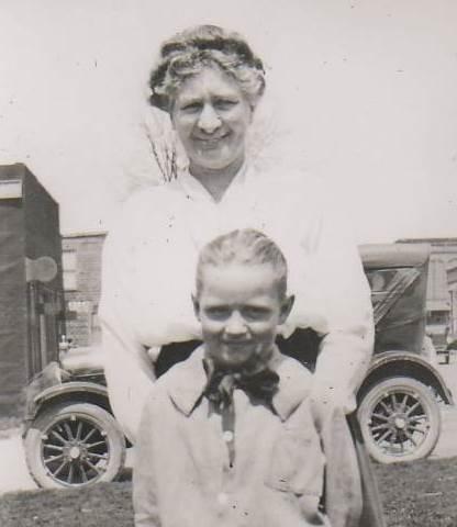 Nora 1920
