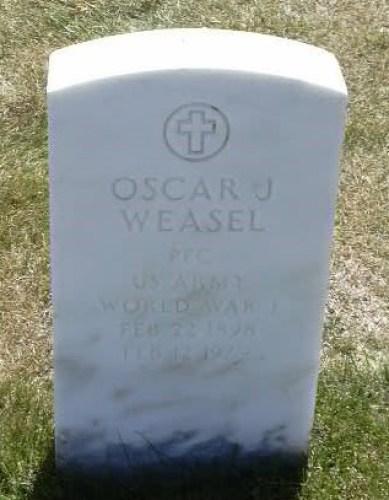 im-oscar-white-weasel-stone