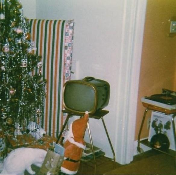 Roberta Christmas Snowball