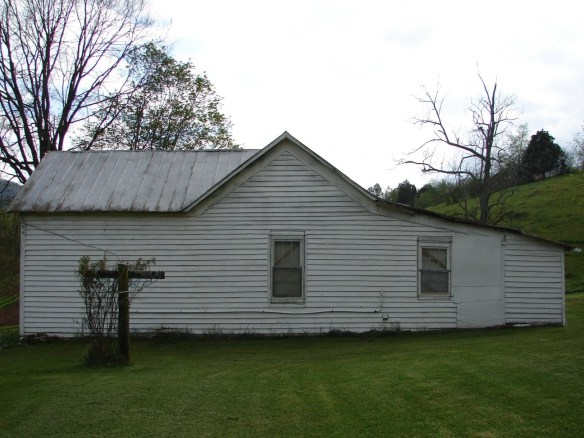 Jane Dobkins side of house.jpg