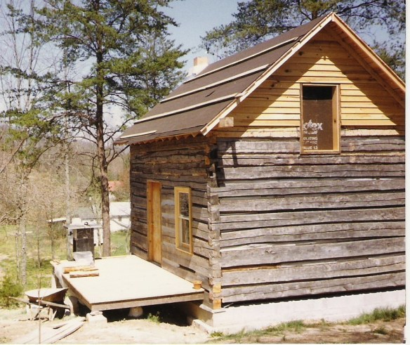 Nicholas Speaks cabin reconstruction.jpg