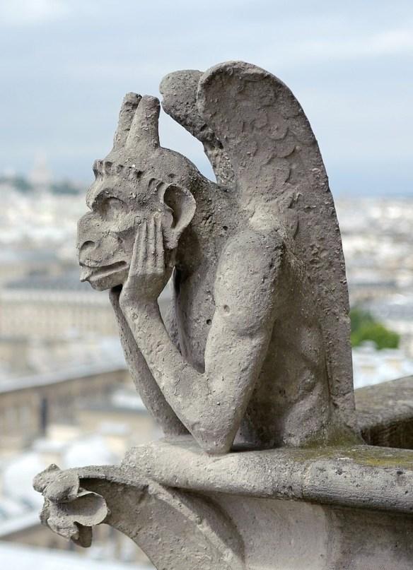 Notre Dame strix.jpg