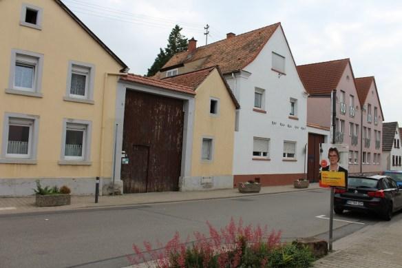 Fussgoenheim Hauptstrasse 2.jpg