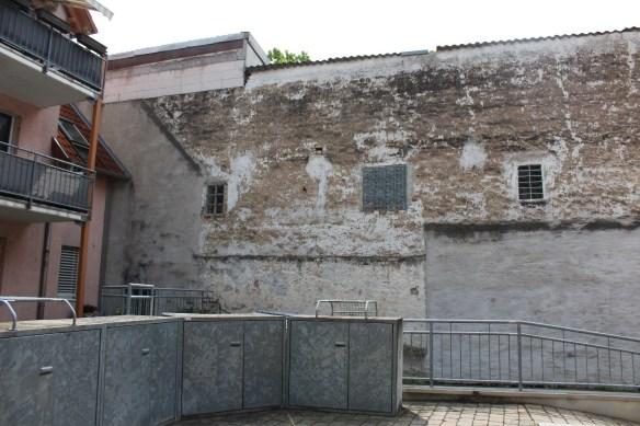 Fussgoenheim Kirsch left wall 4.jpg