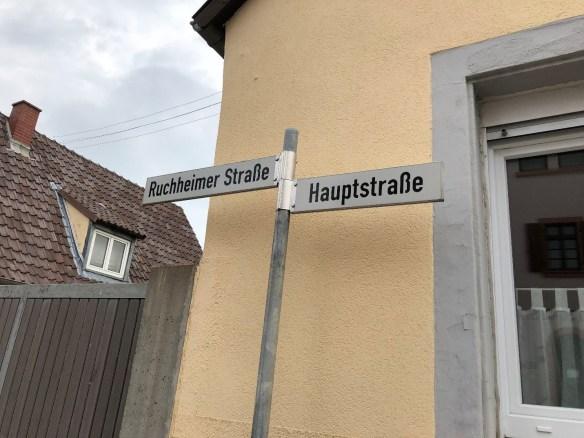 Fussgoenheim Ruchheimer and Hauptstrasse.jpg