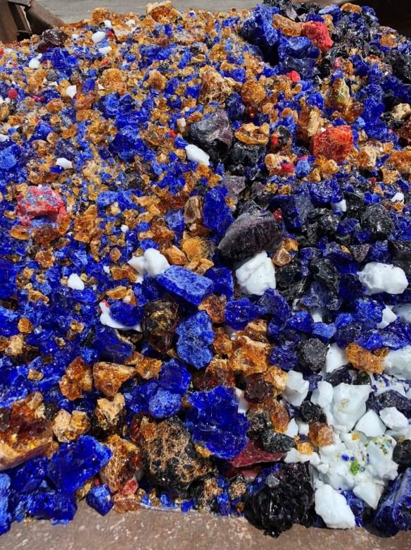 Kokomo-Opalescent-trash-2.jpg