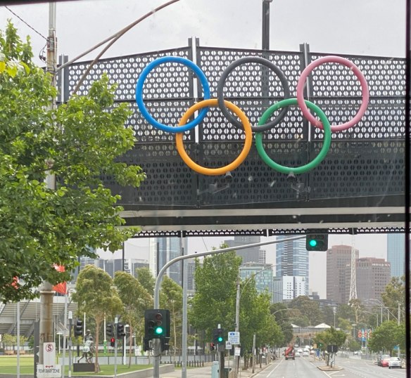 Australia Melbourne Olympic Rings.png