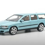 Volvo V70 R 1 18 Scale Model Car Dna Collectibles