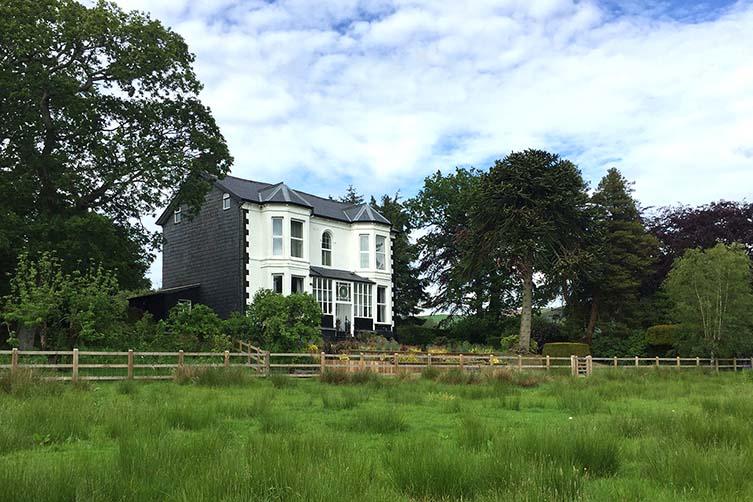 The Royston Hotel, Llanbrynmair, Wales