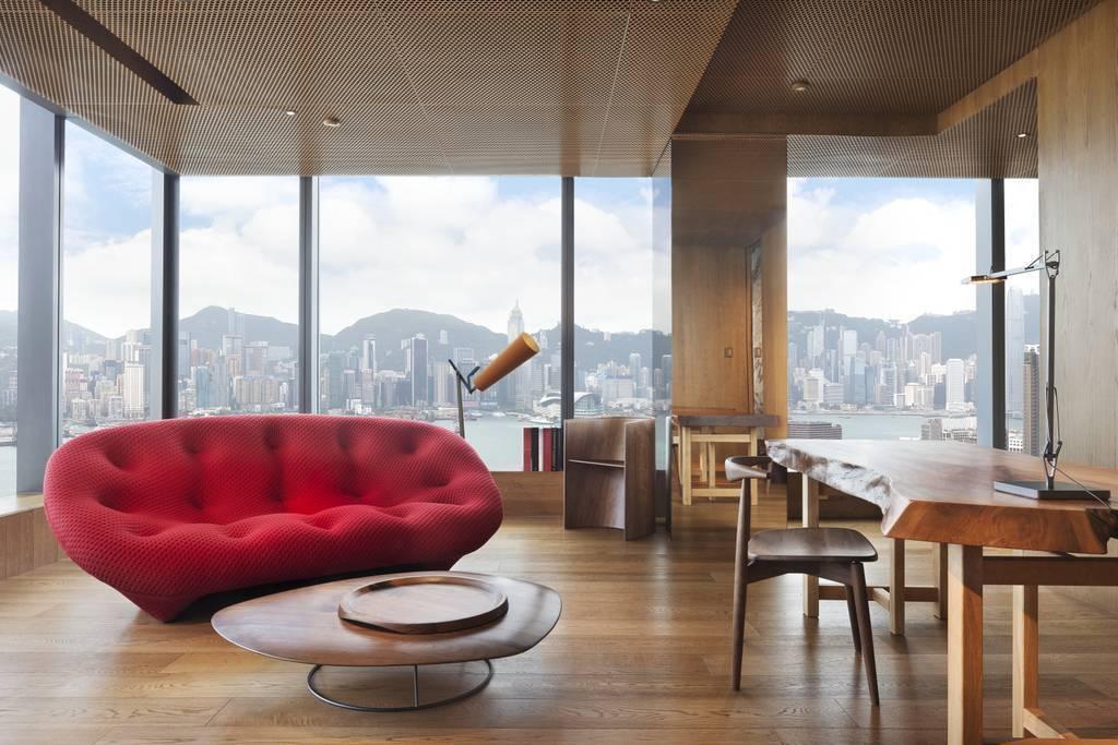 Vivienne Tam designed suite at Hotel ICON