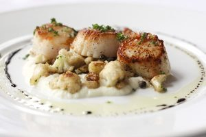 Caramelized Diver Scallops, Cauliflower Puree, Capers, Almonds, Golden Raisins. Ommmmmm.