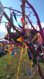 glitter-trees-glastonbury-dna-puppetry-4