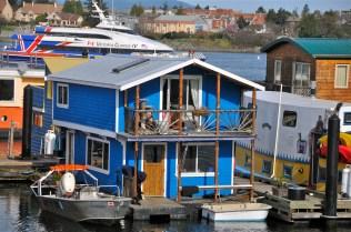 Houseboat (KB)