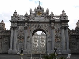 dolmabahce-palace-1224176