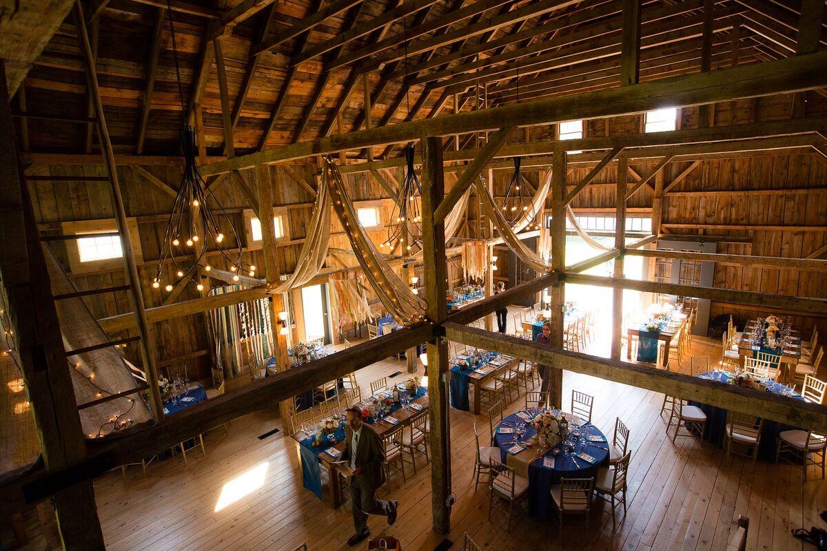 Wedding Venue The Barn At Flanagan Farm