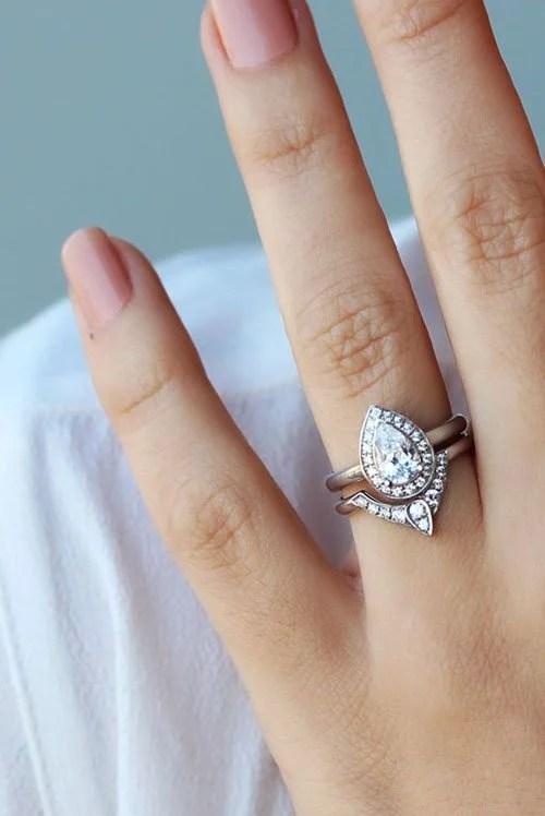 43 Stunning Engagement Rings Shell Love
