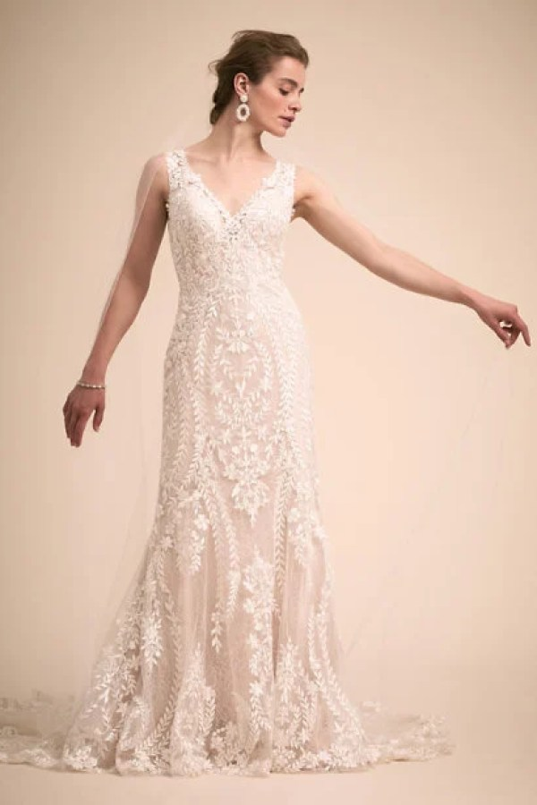 c097f7382cc 21 Beach Wedding Dresses You ll Love - crazyforus