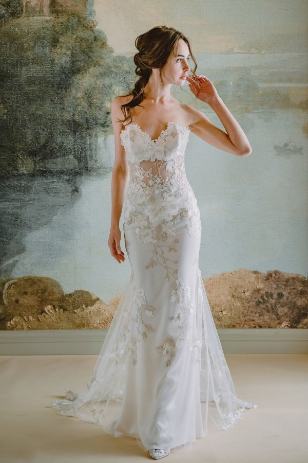 """Claire Pettibone Debuts """"Timeless"""" Bridal Collection"""