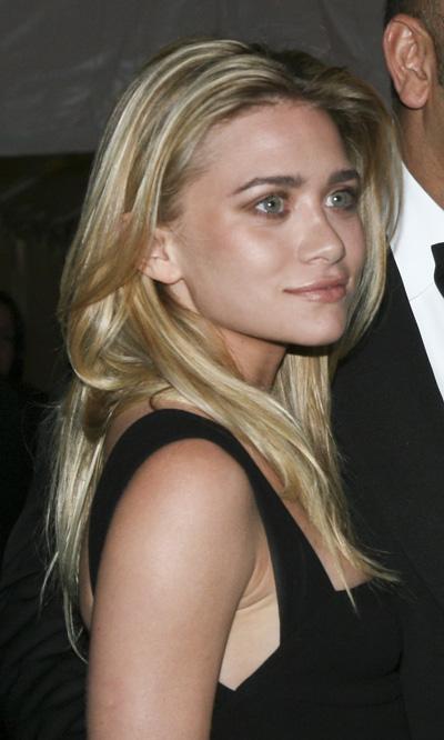 ashleyolsen-eyebrows
