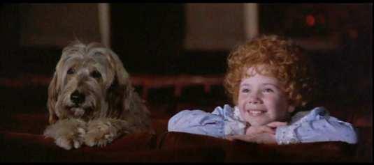 Sandy-Aileen-Quinn-Annie-1982