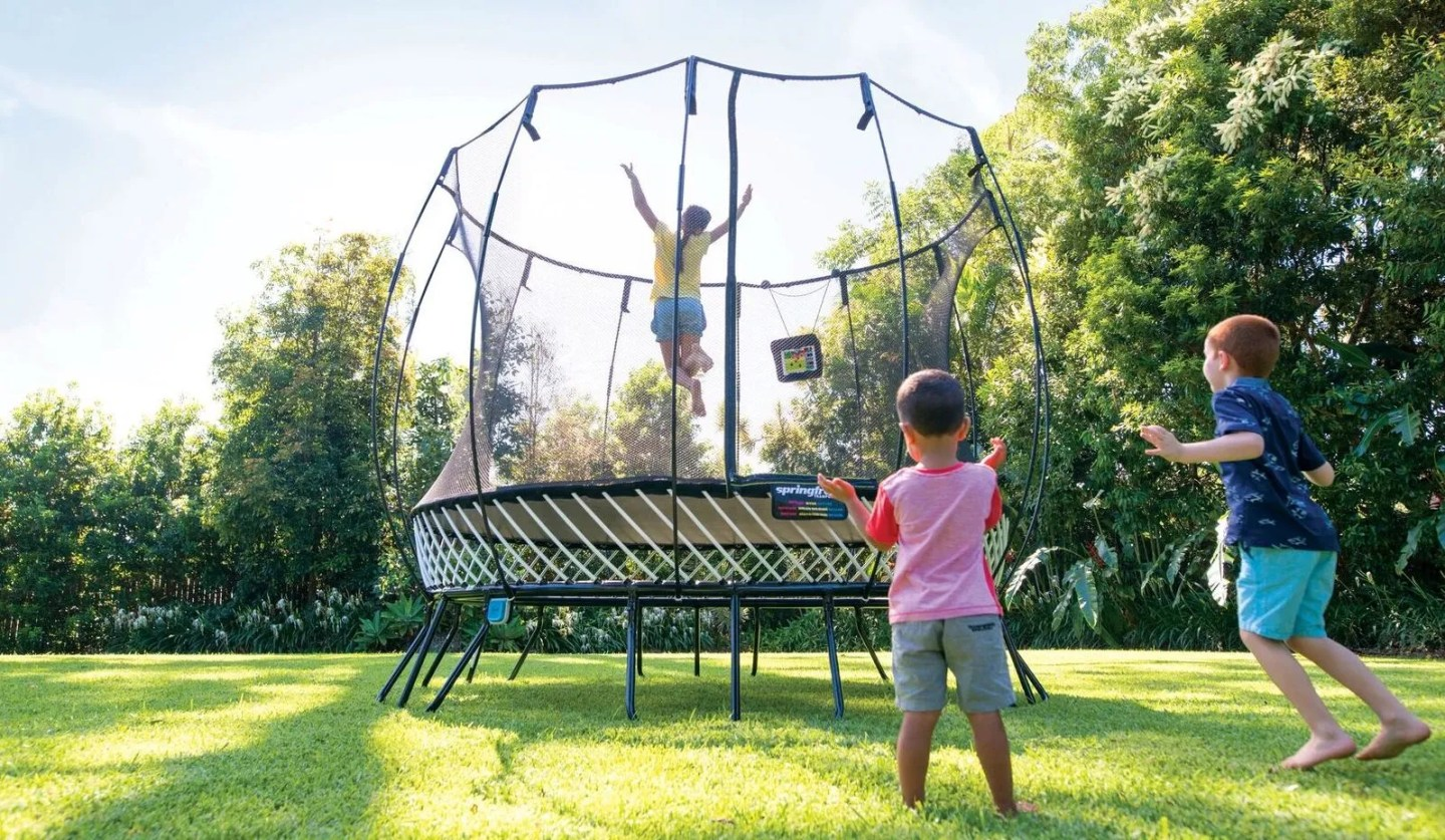 Holiday Giveaway: Win a Springfree Trampoline! – Do512 Family