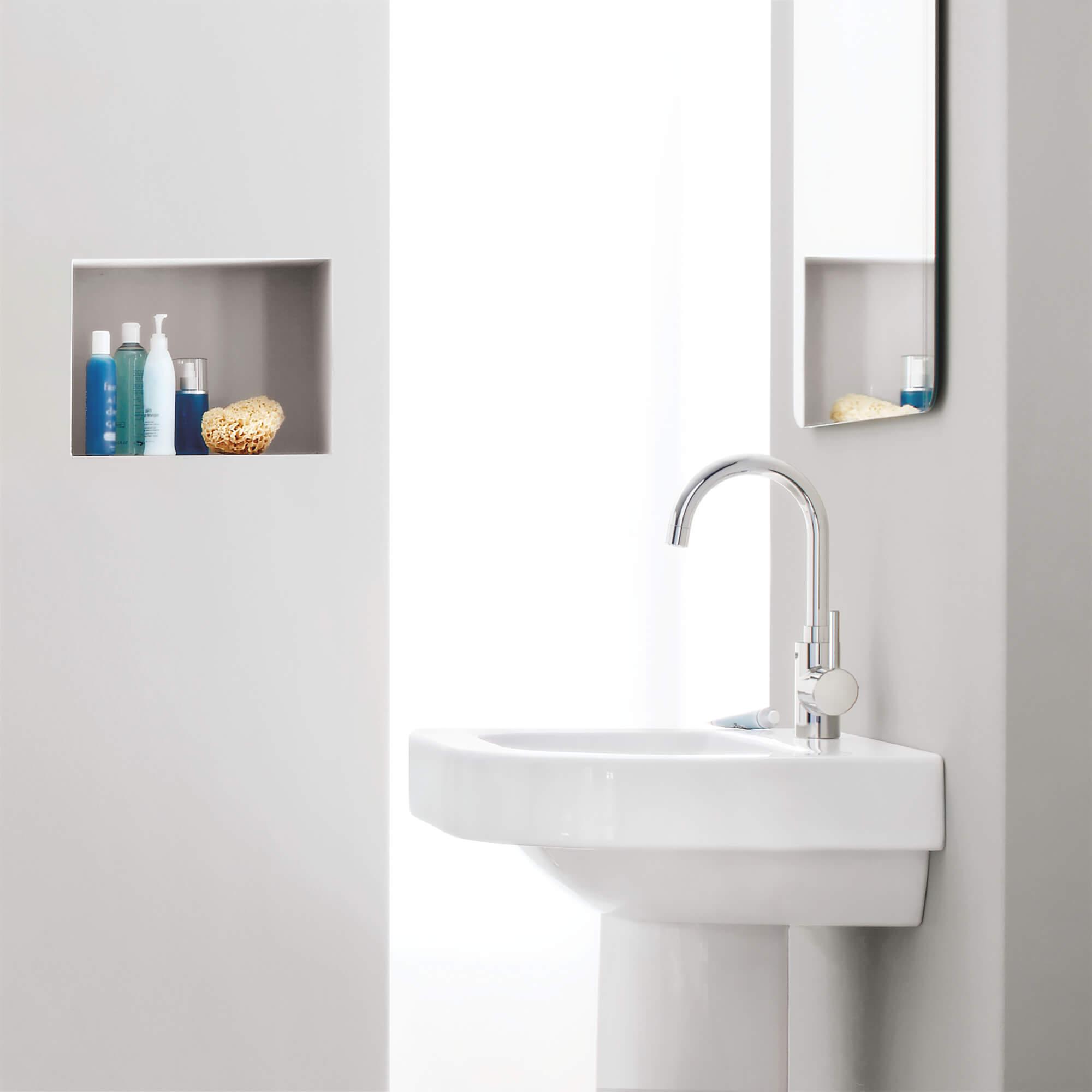 single hole single handle l size bathroom faucet 1 2 gpm