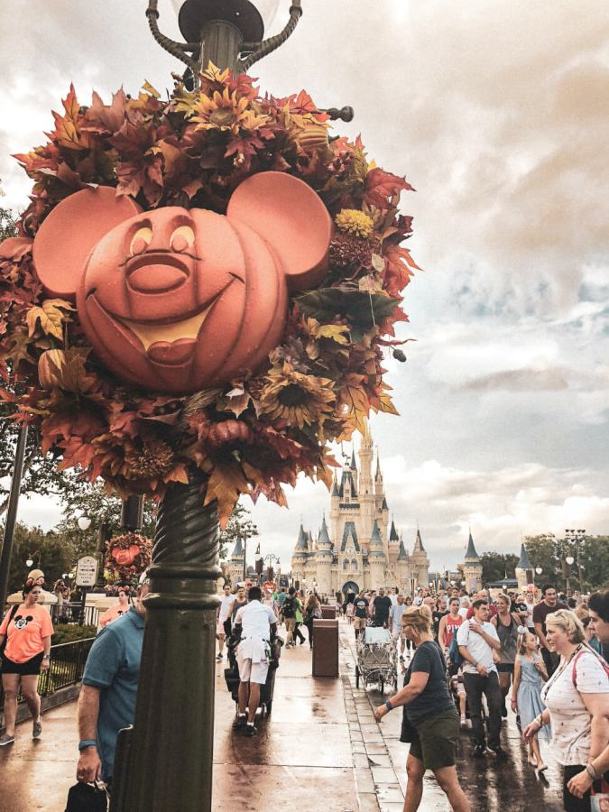Everything you need to know to have the best time at Mickey's Not So Scary Halloween Party, including all the tips and tricks to get you through the night... #disney #disneyworld #waltdisneyworld #disneyblogger #wdw #magickingdom #mickeysnotsoscaryhalloweenparty #mnsshp Halloween at Disney | Halloween at Magic Kingdom | Halloween Party at Disney | Disney Halloween tips and tricks | Disney Halloween party tips and tricks | Disney fall | Walt Disney World | Halloween disney vacation
