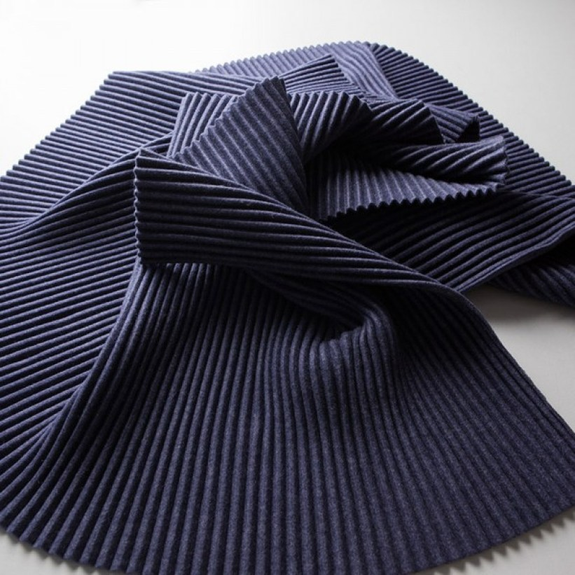 design-house-stockholm-midnight-blue-pleece-snood