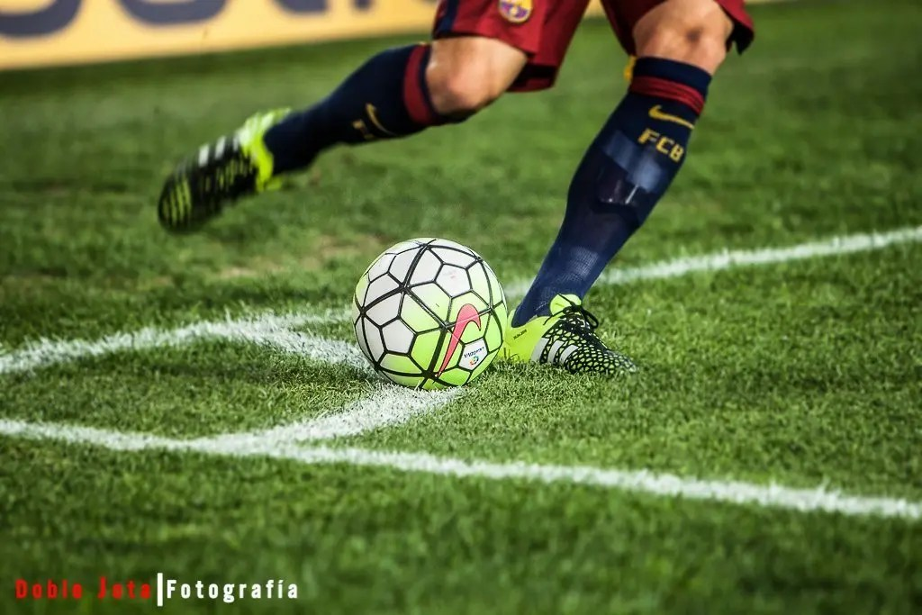 fotografía de futbol, el balón