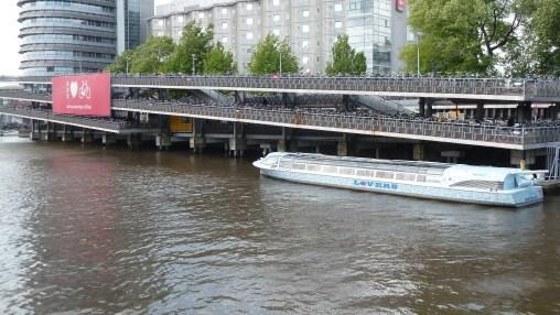 Parqueadero para bicicletas en Amsterdam, Holanda