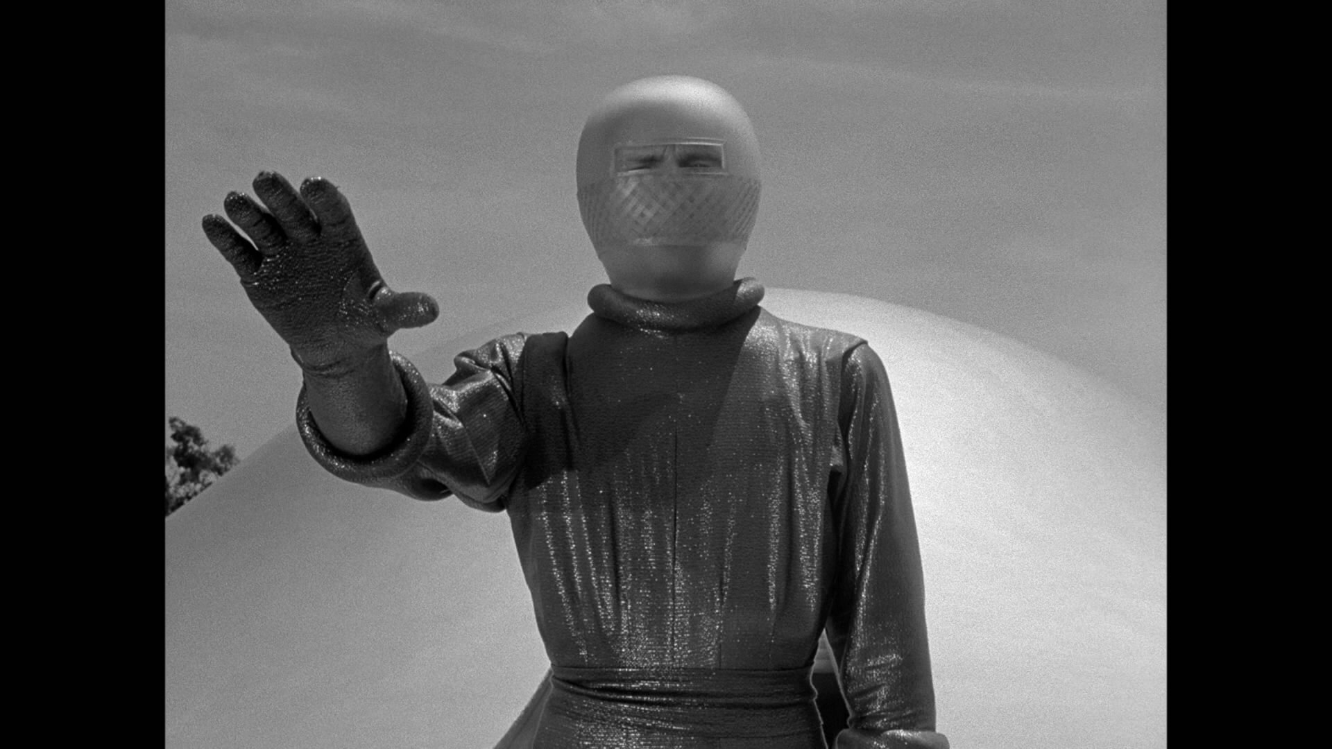 The Day the Earth Stood Still (1951) - Moria |The Day The Earth Stood Still 1951 Klaatu