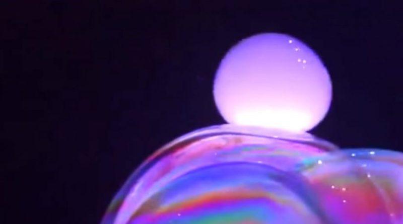 Magia mydlanych baniek:)