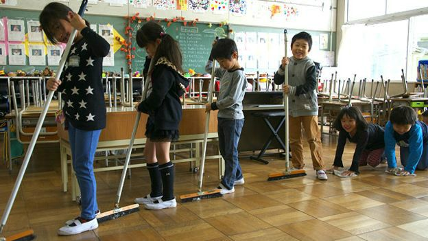 limpieza-aulas-japon-2