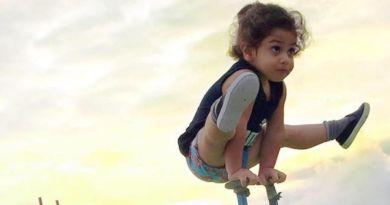Trzyletni Irańczyk Arat Hosseini zadziwia świat swoimi zdolnościami gimnastycznymi