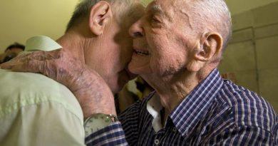 102-latek ocalony z Holocaustu odnalazł bratanka