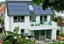 Architekt udowodnił, że można mieszkać za 100 zł… rocznie! Ekologiczny i ekstremalnie tani dom
