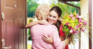Dziś Dzień Babci – święto kobiet najbardziej uwielbianych przez wnuczęta