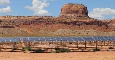 Projekt Indian Nawaho, wykorzystujący energię słoneczną jest już w stanie zasilić elektrycznością ok. 13 000 domów