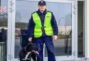 Policjant z Nowej Soli adoptował  już drugiego psa, okrutnie potraktowanego przez człowieka