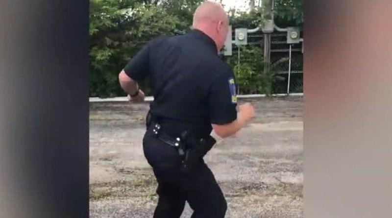 Policjant przeszedł na emeryturę tanecznym krokiem
