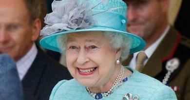 Królowa Elżbieta rezygnuje z naturalnych futer