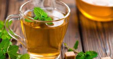 Picie zielonej herbaty może przyczynić się do dłuższego i zdrowszego życia