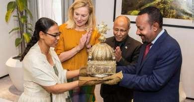 Holandia zwraca Etiopii skradzioną XVIII-wieczną koronę