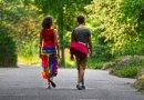 Regularny spacer czyni nas szczęśliwszymi! Badanie neurobiologa