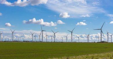 Polska pozyskuje już 10 gigawatów mocy z odnawialnych źródeł energii