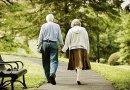 Recepta na długowieczność? Mieszkanie okolicy, w której nie potrzebuje się auta, bo wszędzie można dojść pieszo