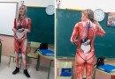 Nauczycielka prowadzi lekcję anatomii w kombinezonie, który odwzorowuje ludzkie ciało w szczegółach