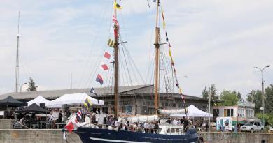 Jacht zbudowany przez bezdomnych wkrótce wyruszy w pełnomorski rejs
